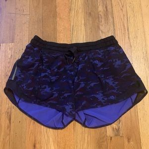 Lululemon Hotty Hot short! Great condition!
